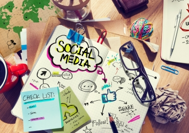 Предлагаем работу маркетологу, специалисту по рекламе и SMM